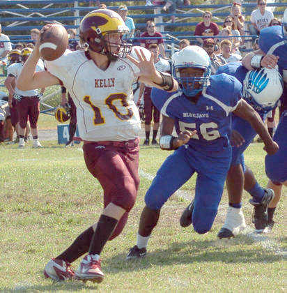 Kelly defense leads way to 36-6 win over Charleston