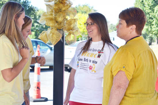 Sikeston R-6 staff, students observe Childhood Cancer Awareness Month