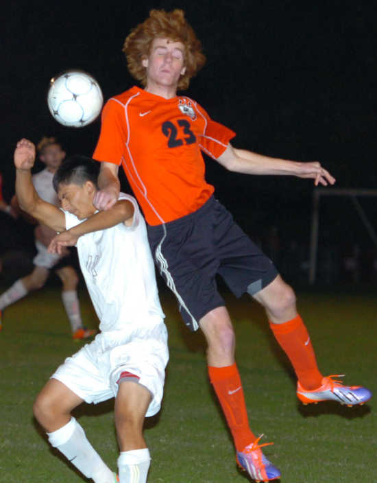Sikeston takes down Mules 2-1 after penalty kicks