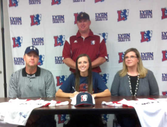 Smith signs with Lyon College