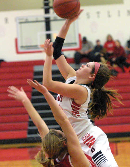 Dexter topples state-ranked St. James