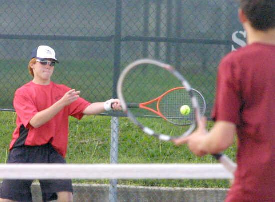 PREP ROUNDUP: Sikeston tennis falls to Poplar Bluff