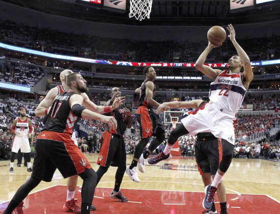 Porter scores 11, grabs 8 rebounds in Wizards' Game 3 win over Toronto