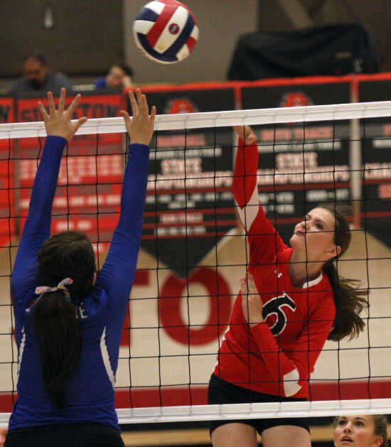 Sikeston falls in two sets to visiting Bernie