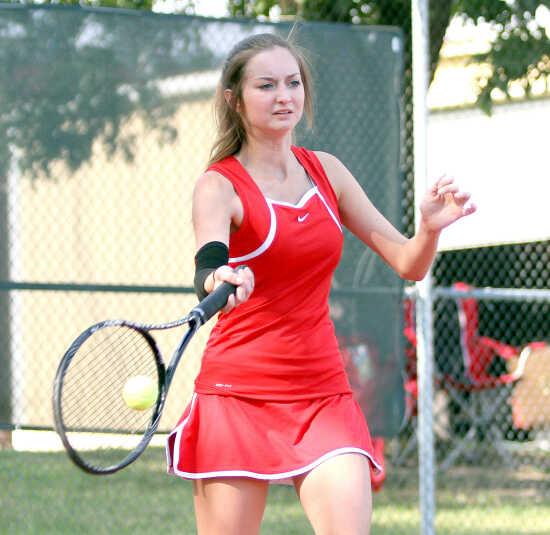 PREP ROUNDUP: Sikeston tennis falls to Poplar Bluff, Portageville beats Cape Central