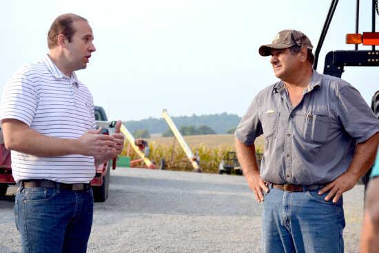 Smith stops at Scott County farm on districtwide farm tour