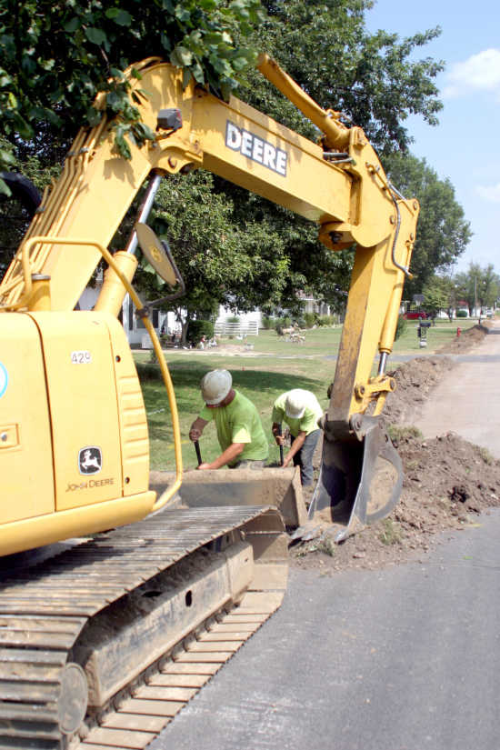 Water line project in Miner begins