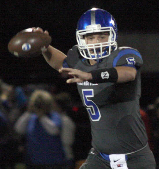 Kellams throws five TD passes in 40-20 win over East Prairie
