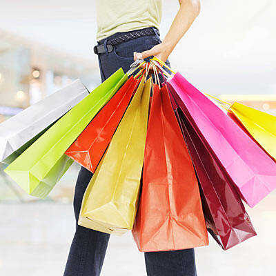 Safety tips offered for holiday shopping in stores and online