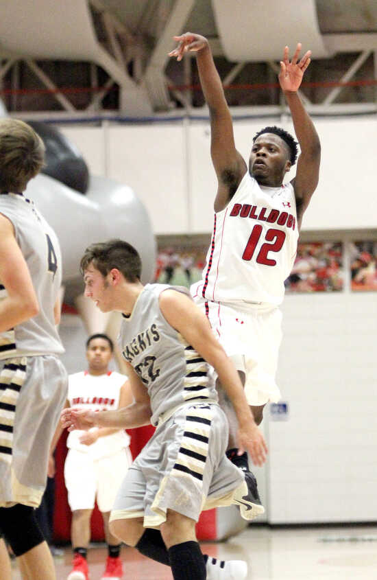 Sikeston sets records during 101-67 rout over Farmington