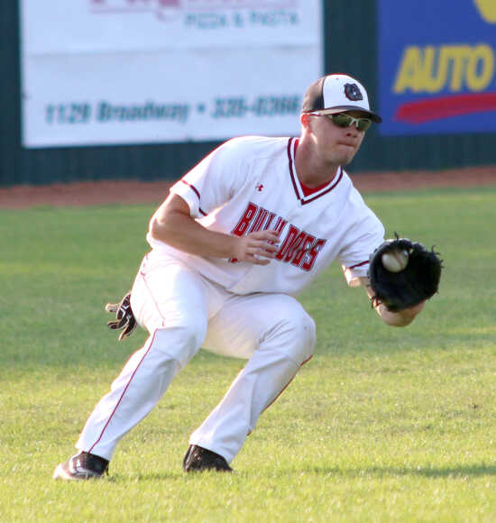Sikeston splits SEMO Conference Tournament doubleheader, falls to Poplar Bluff in semifinal
