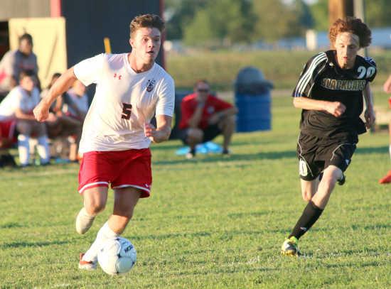 Sikeston erases early troubles, takes down Fredericktown 5-1
