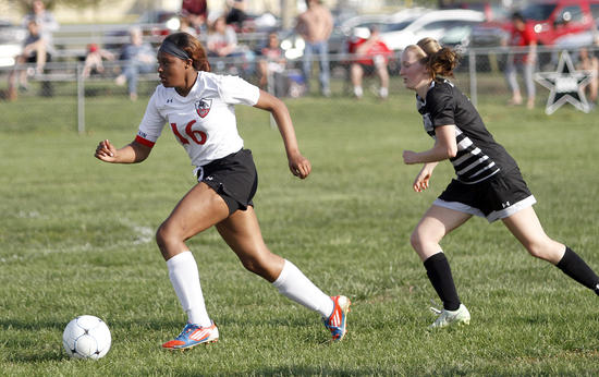 Sikeston girls soccer team gets third shutout of the year in 2-0 win over Carbondale