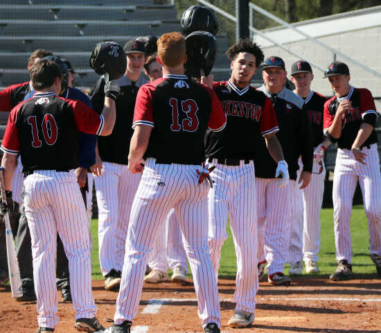 b4979cf16d7 Jeffery Thornbrough s hit by pitch gives Sikeston baseball 5-4 walk-off win  over Marion (4 15 19)